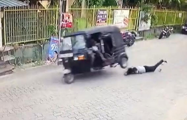 three-wheeler thief